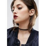 Double Ribbon Choker Necklace