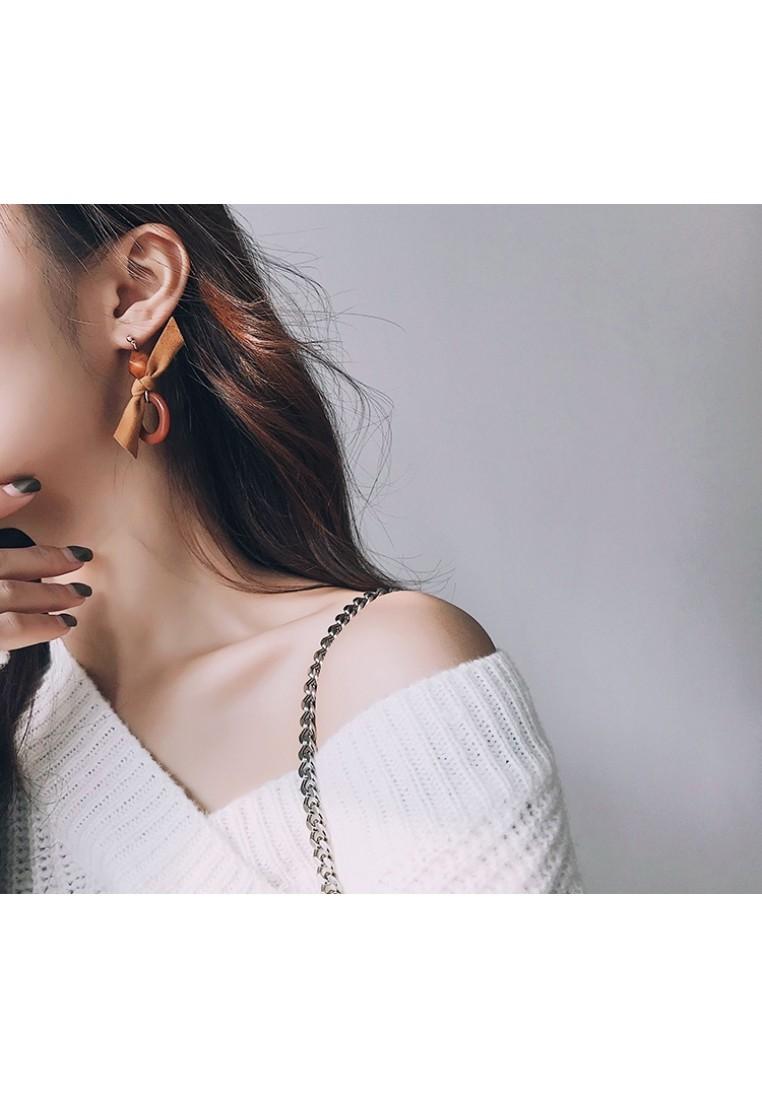 Sabrine Bow Earrings