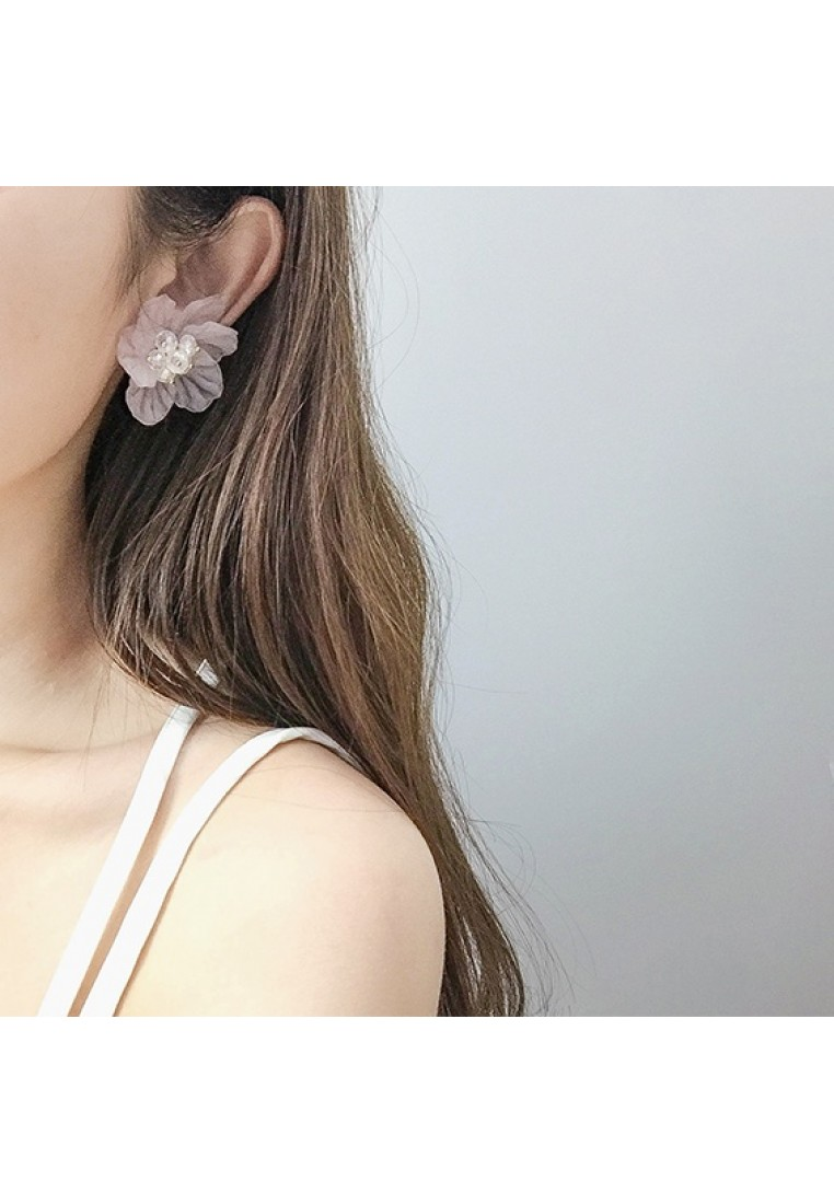 Amarise Flower Earrings