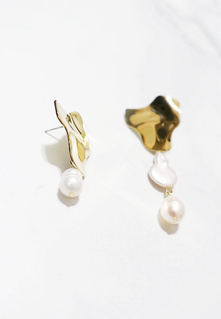 Dory Mismatch Freshwater Pearl Earrings (S925 Post)