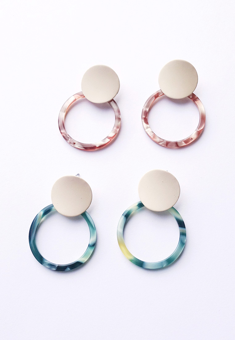 Daniya Resin Hoop Earrings