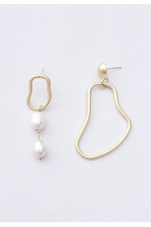 Mismatched Freshwater Pearl Earrings