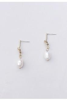 Knot Freshwater Pearl Earrings