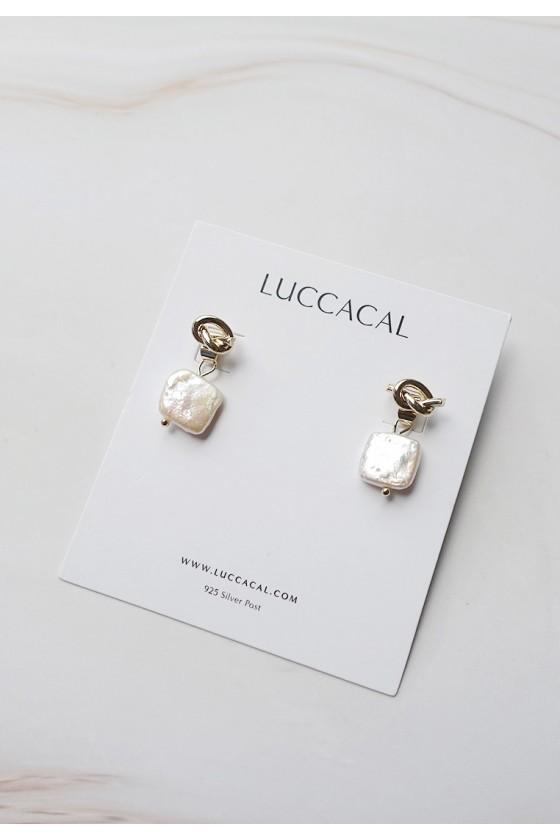 Annette Knot Pearl earrings