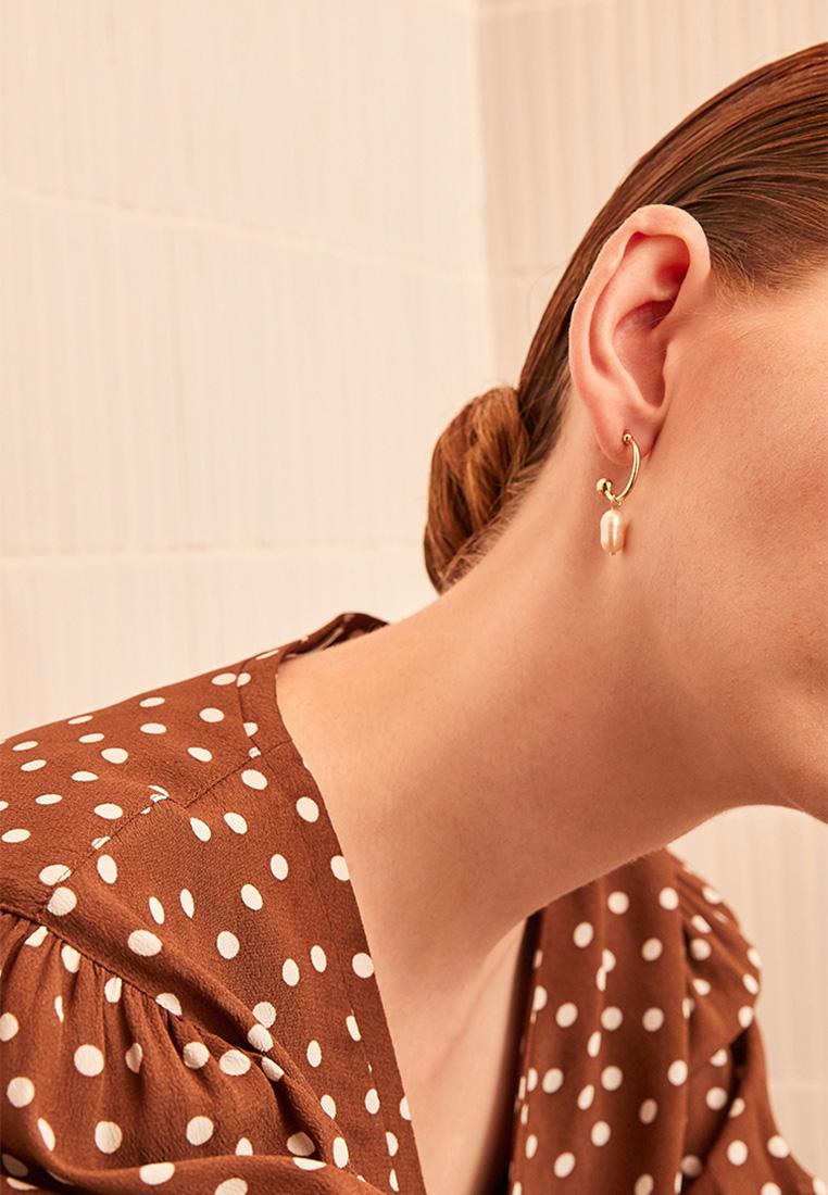 Ellery Mismatch Pearl Hoop Earrings