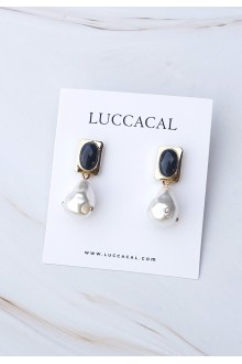 Palace Pearl earrings