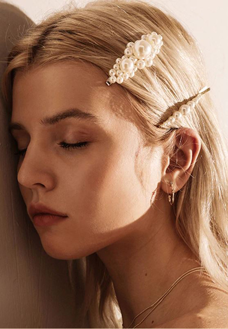Emily Pearl Hair Pin Set