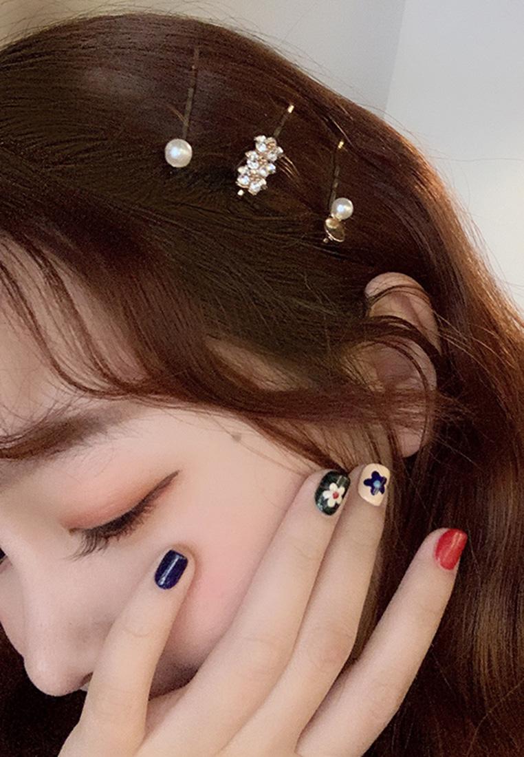 Lily Crystal Pearl Bobby Pins