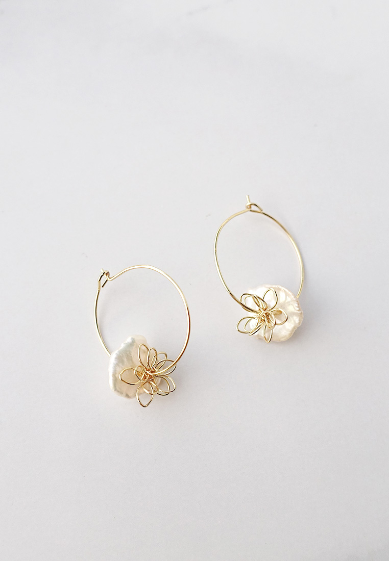 Lauryn Pearl Hoop Earrings