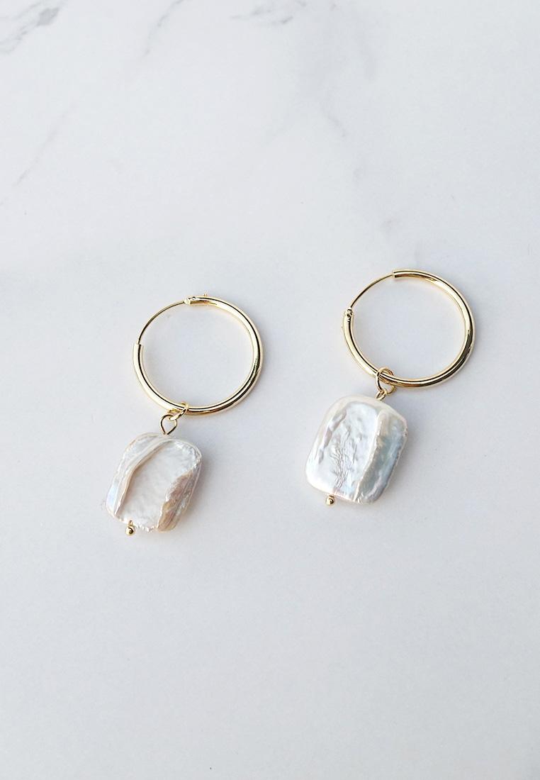 Luna Keshi Pearl Earrings