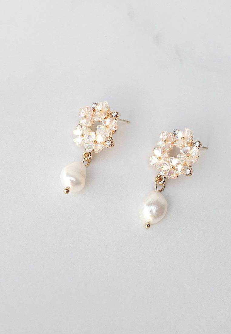 Hanis Flower Pearl Earrings