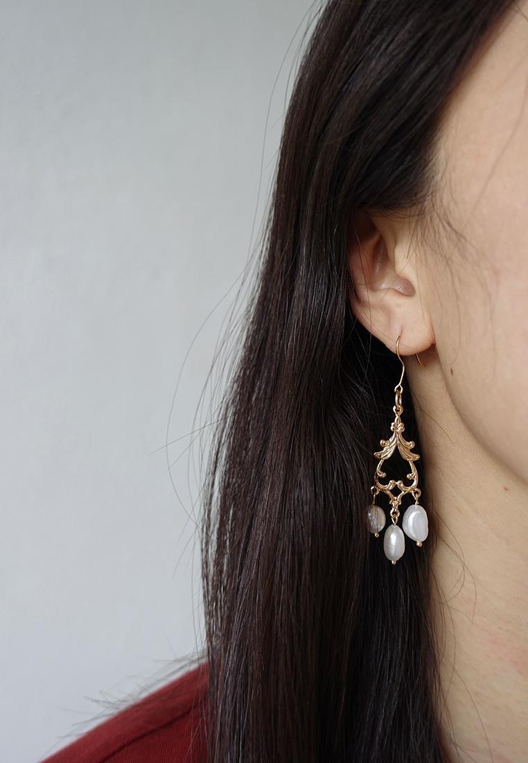 Rococo Filigree Pearl Earrings
