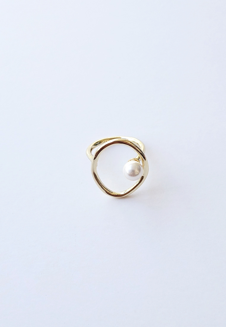 Clio Pearl Ring