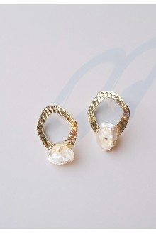 Sirena Pearl Earrings