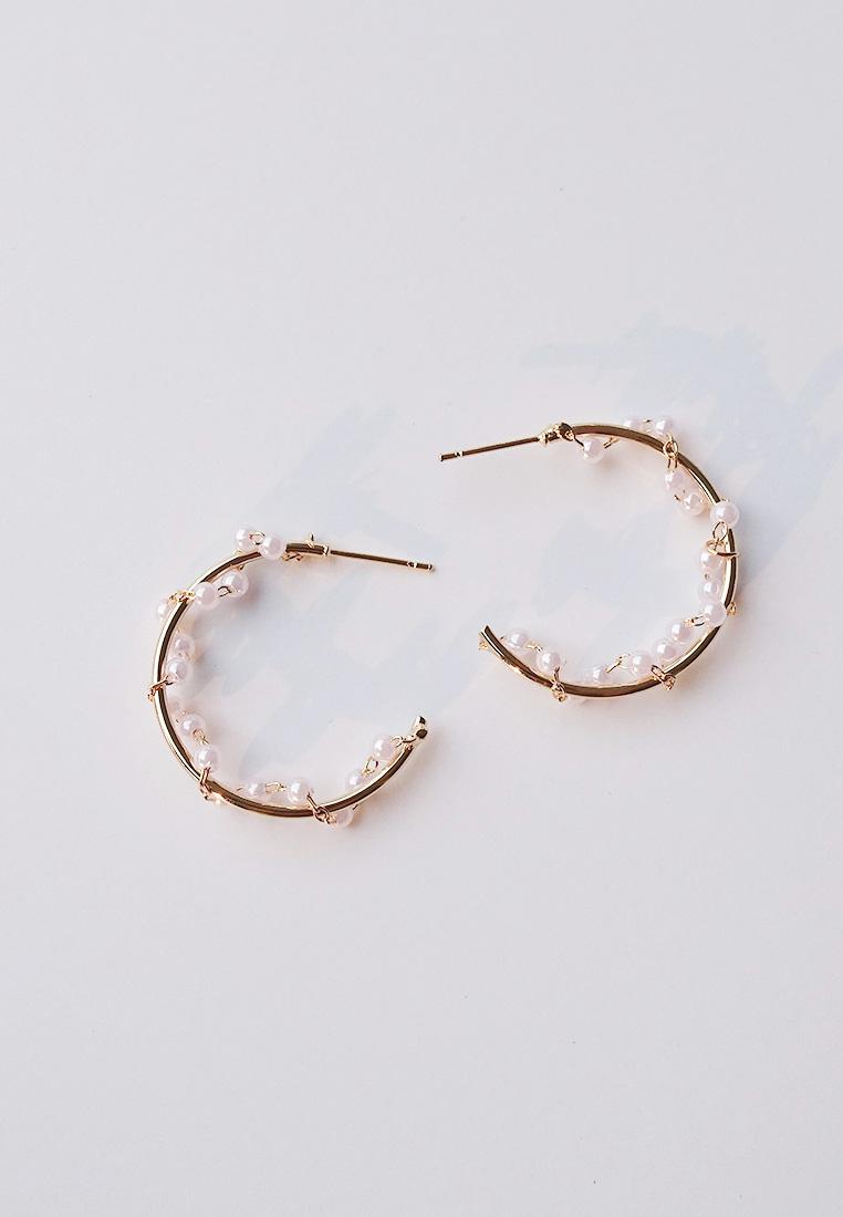 Bobbie Pearl Hoop Earrings