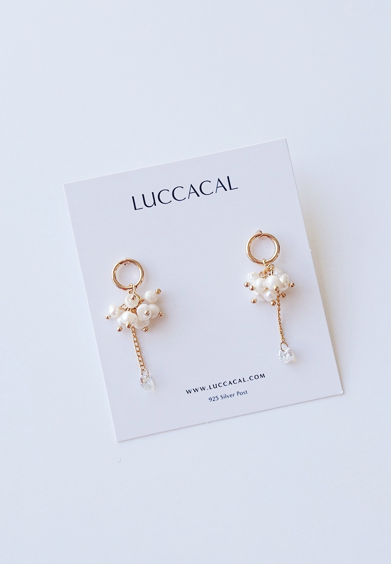 Robin Pearl Earrings
