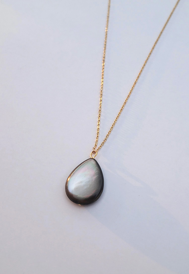 Mother-of-Pearl Teardrop Necklace