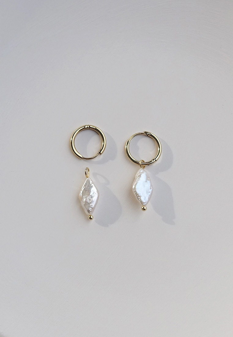 Messina Pearl Earrings
