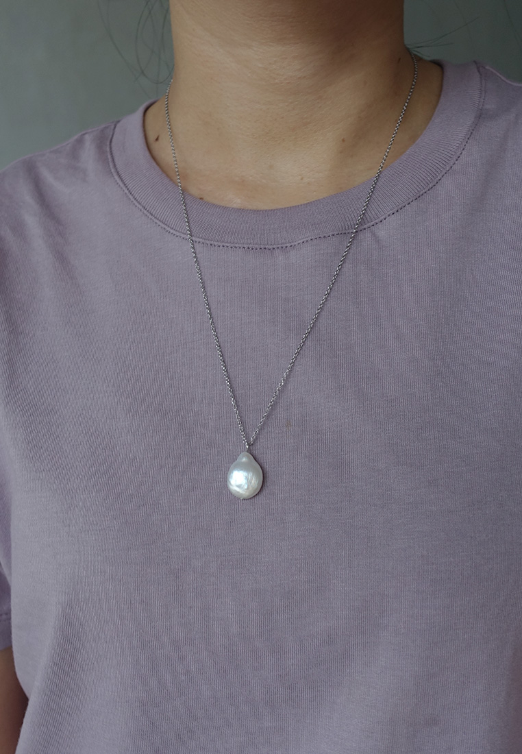 Tierneigh Pearl Necklace