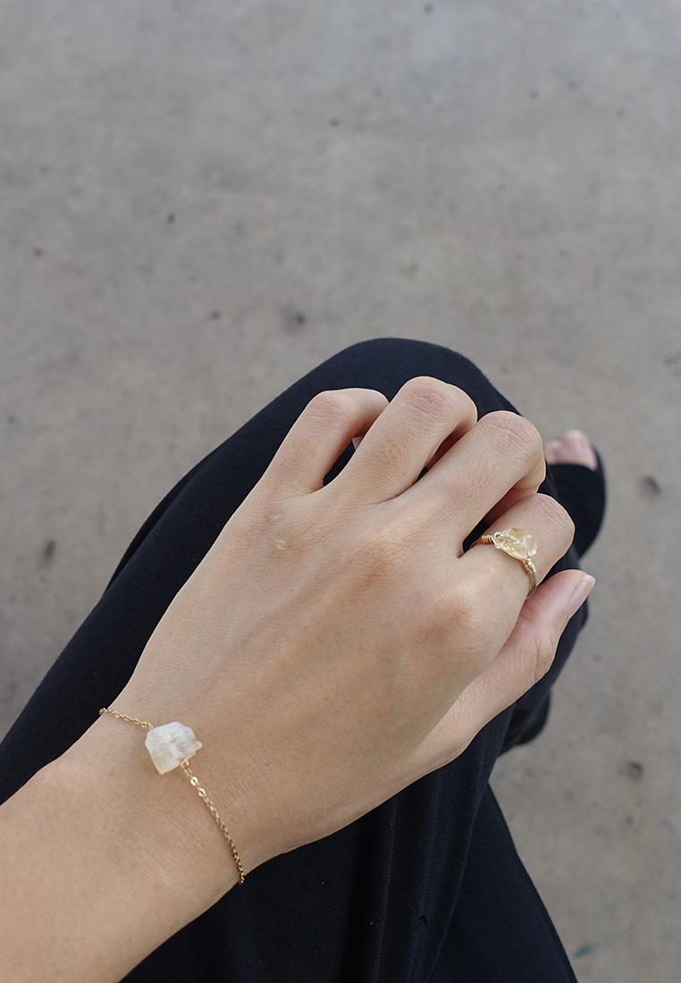 Dainty Raw Crystal Bracelet