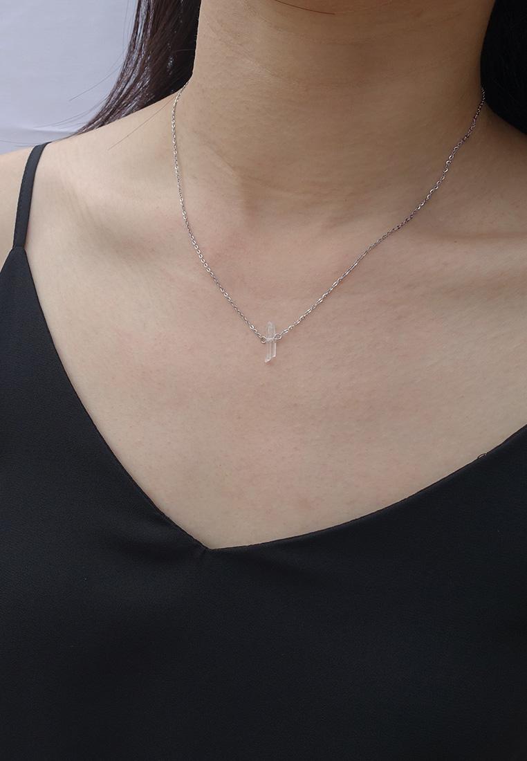 Dainty Clear Quartz Necklace