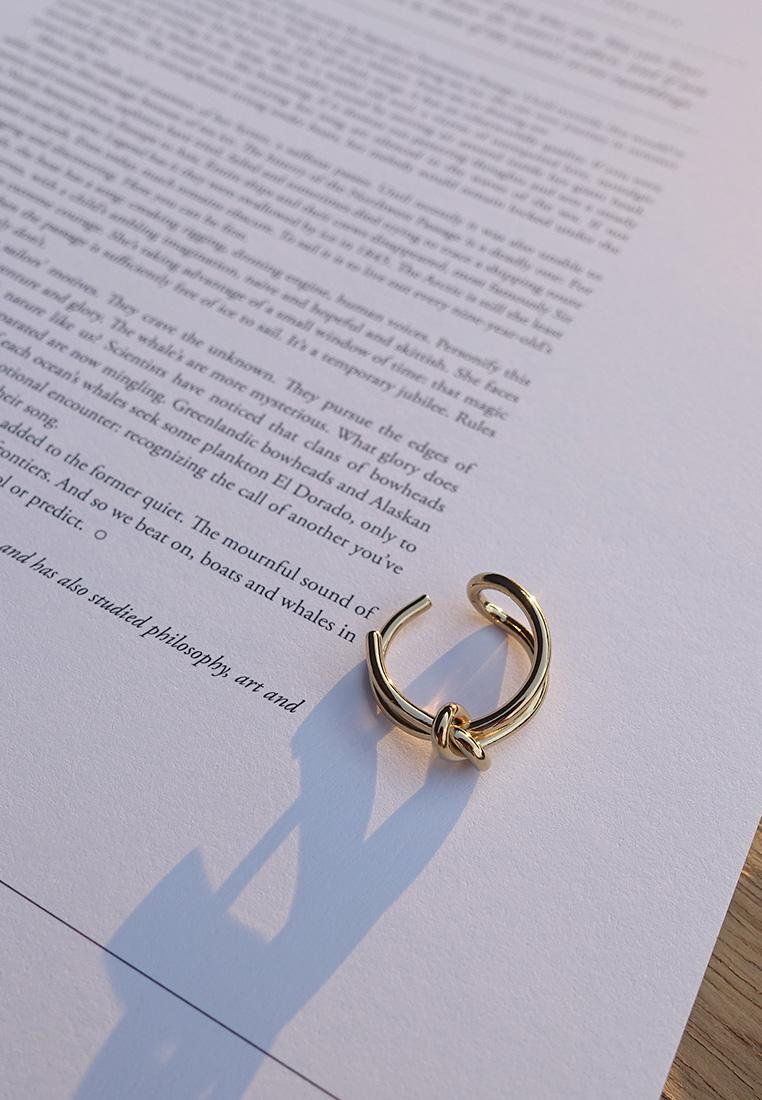 Eshvi Knot ring