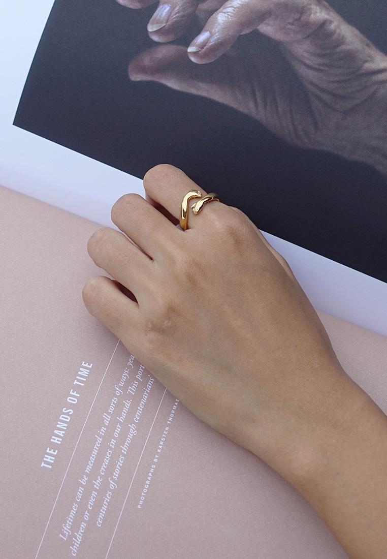 Hug ring