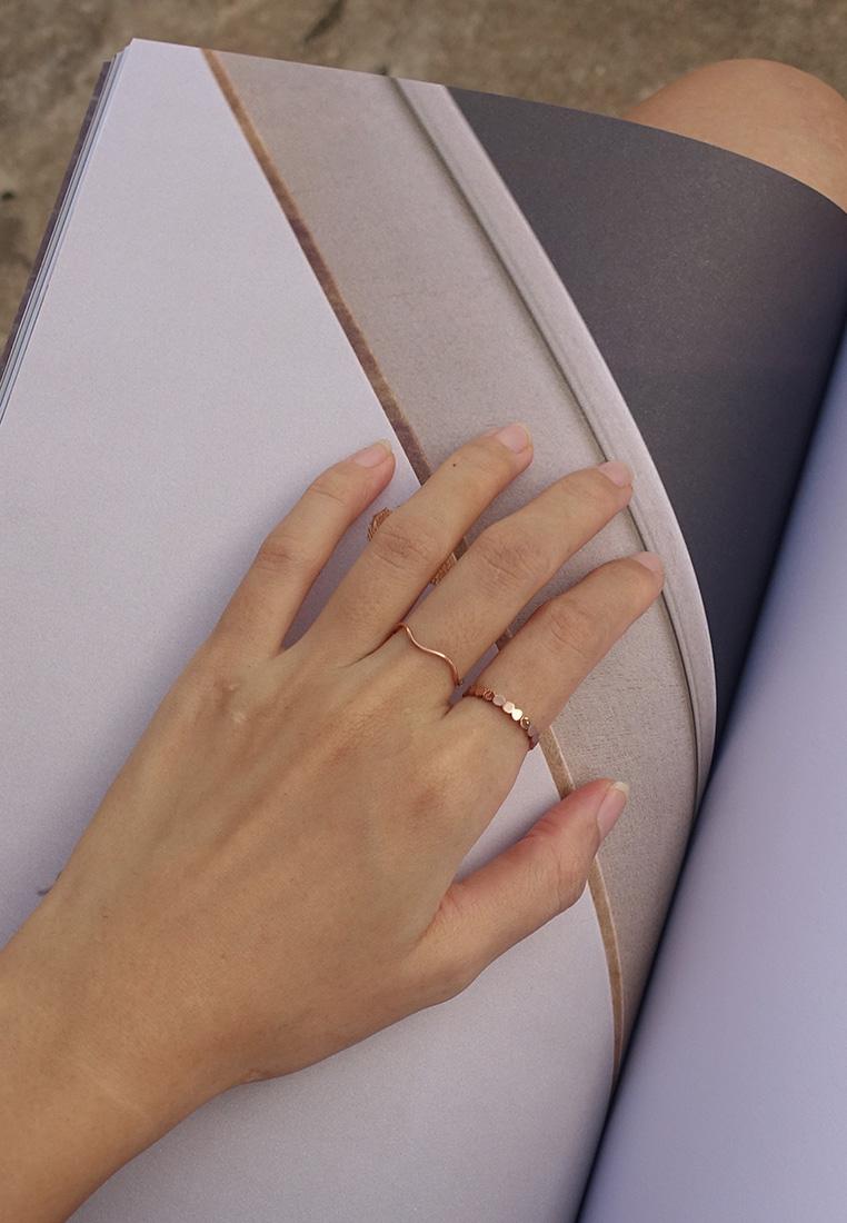 Sleek Wave Ring