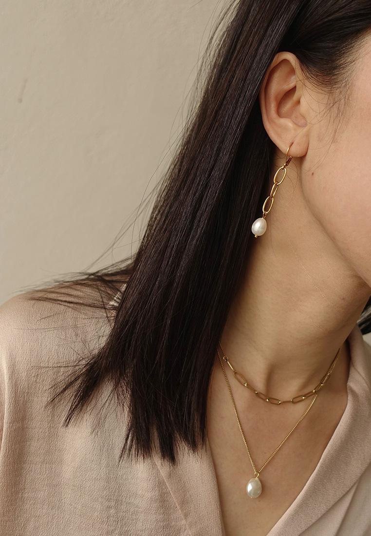 Gentler Pearl Earrings