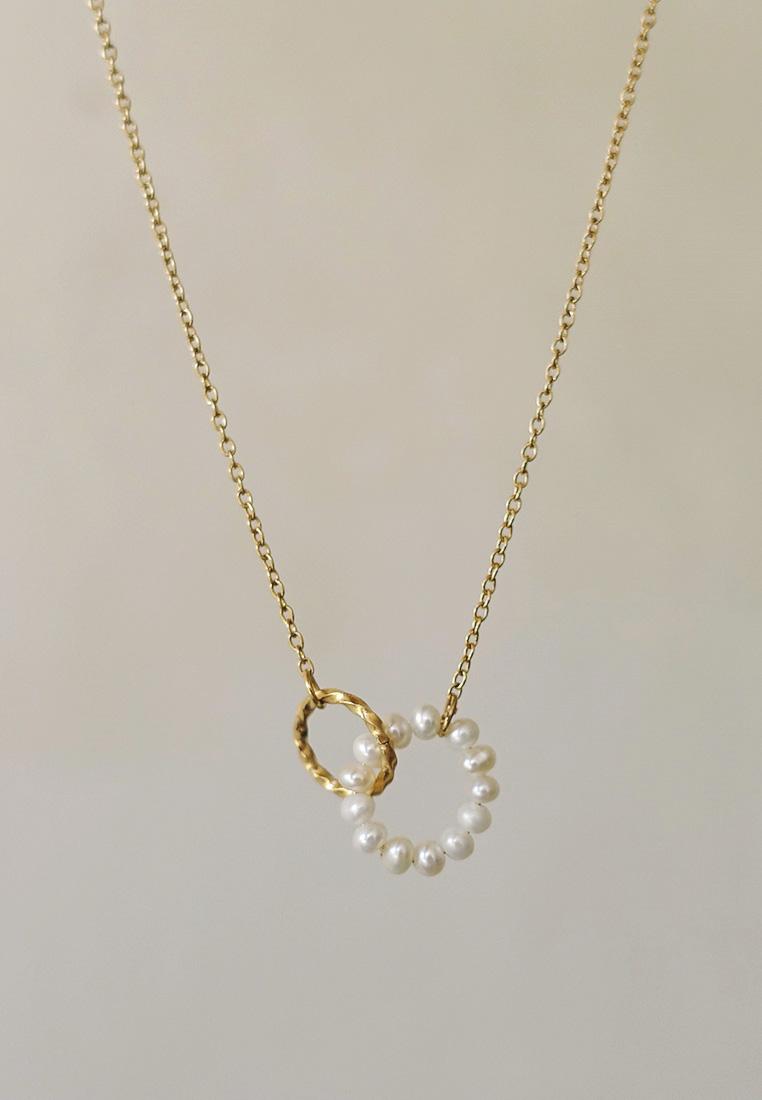 Hagia Pearl Circle Necklace