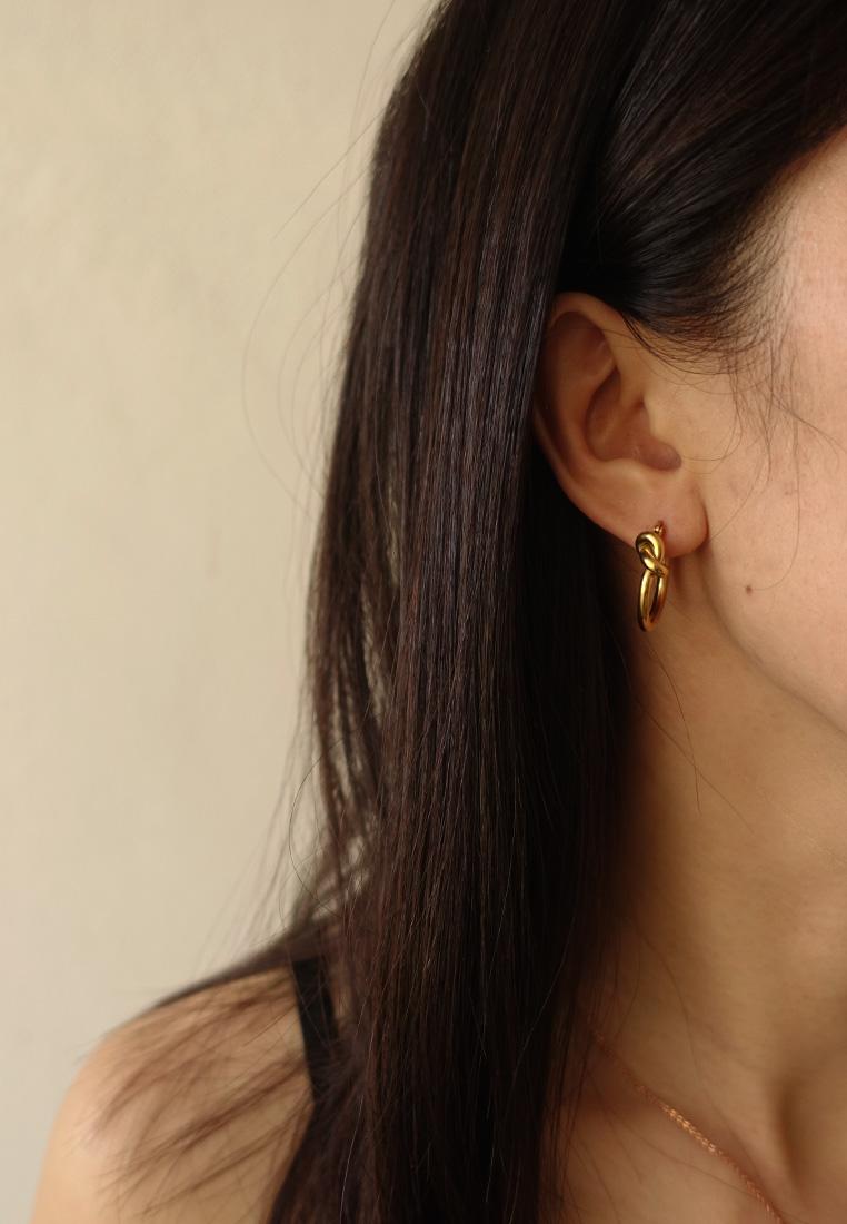 Loves Me Knot Earrings
