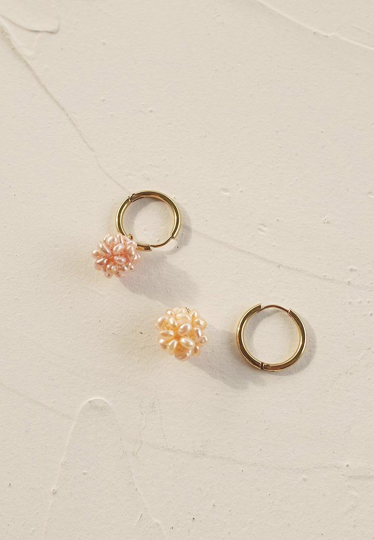 Pearl Cluster Earring