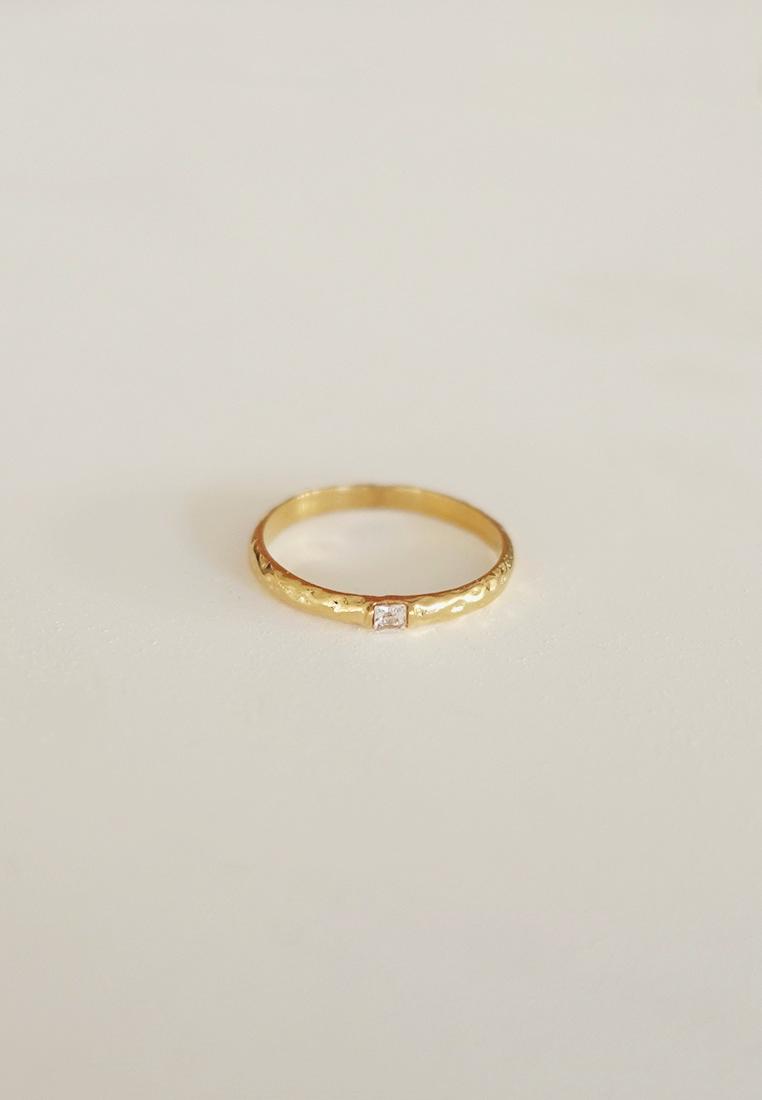 Kiera Ring